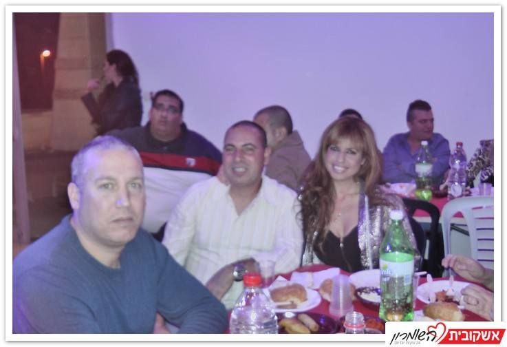 """סימה ודודי בעלי מספרה באריאל ובעלים של """"אימפריית האופנה"""""""