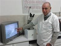 דר קלוד חייט, רופא שיניים