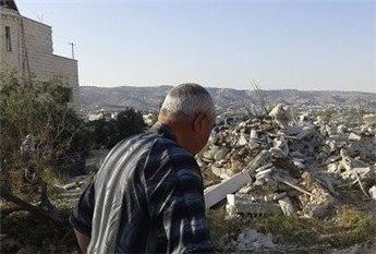 הרסו את ביתו כליל (צילום: מען)